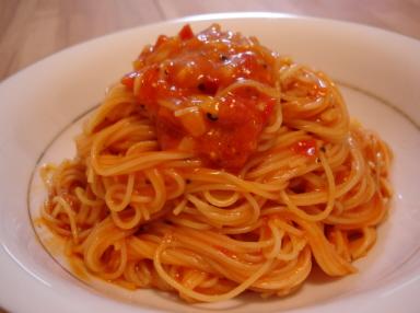 スピガドーロ・スパゲッティーニを使った「パスタ・ポモドーロ(トマトソース)」